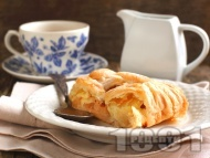 Лесен ябълков пай с бутер тесто, канела и пудра захар